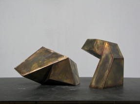 Untitled 2014. Material: Brass, Size: 20 x 10 x 11 cm + 13.5 x10 x 12 cm, by Simon Oud / Netherlands: fb/simon.oud.5