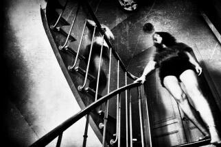 Bare feet by Sylvain The queen shot by Sylvain Devlichevitch: gallery.1x.com/member/dsyl/photos/allDevlichevitch