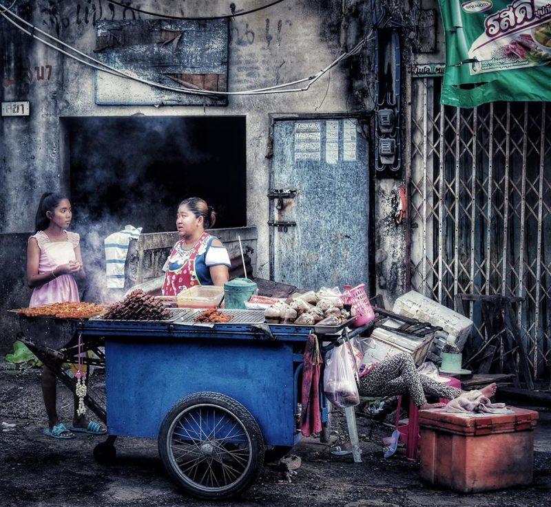 Inside people Lopburi by Dino Morri