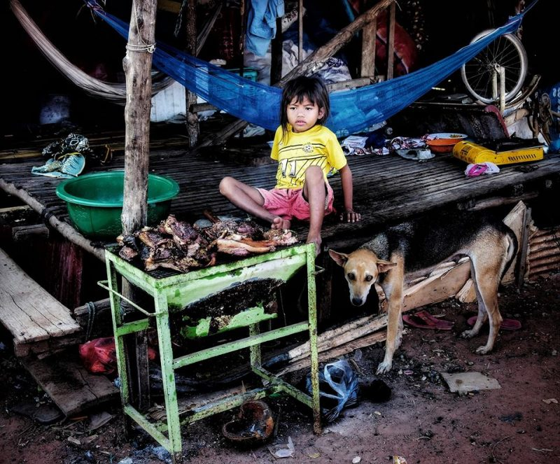 Inside people Phnom Krom by Dino Morri