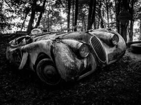 It saw better times by Willi Domröse: https://500px.com/hhwdom