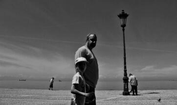 Summer in the city by Theodora Batsi: fb/theodora.mpatsi