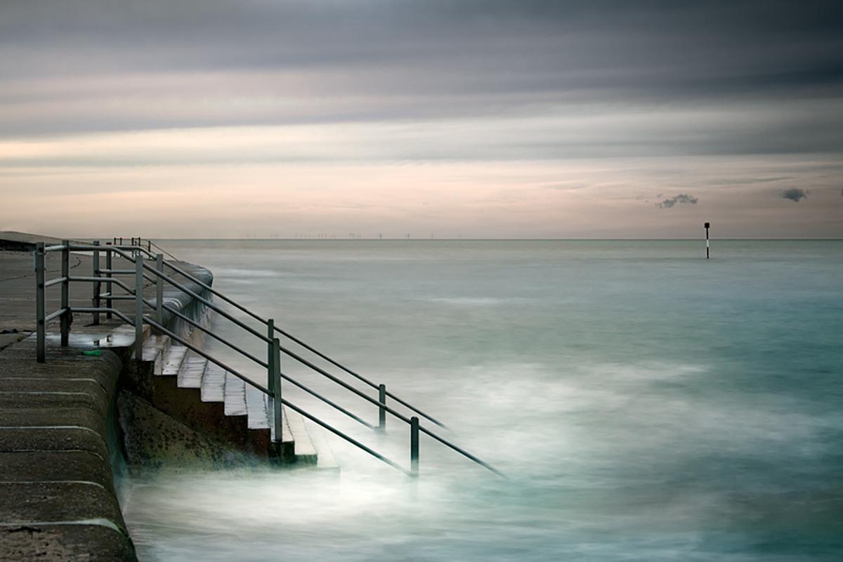 Evenings at the sea by Gundula Walz