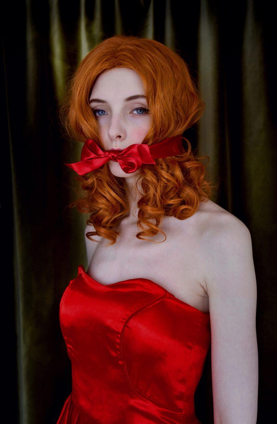Pretty Bow by Vicky Martin