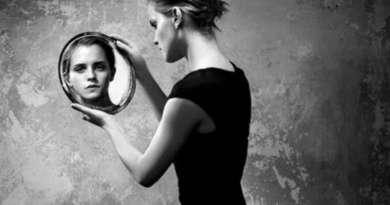 Virtual exhibition Vincent Peters »Adriana Lima & Emma Watson«